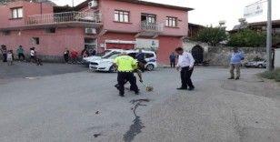 Minibüs ile motosiklet çarpıştı: 1 yaralı