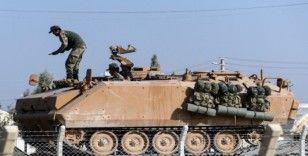 Türk tankları Telabyad'a girmek için bekliyor