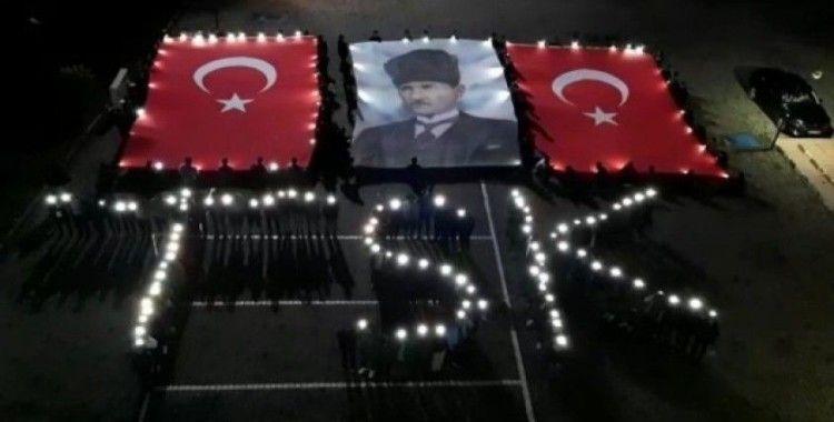 Öğrencilerden Barış Pınarı Harekatı'na Komando Marşı ile destek