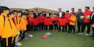 Yahyalı Futbol Akademisi'nden Mehmetçiğe Dua