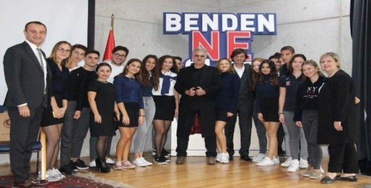 Tamer Karadağlı TED Ankara Koleji'nde gençlerle bir araya geldi