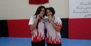 Güreşçi 'altın kızlar'ın bir sonraki hedefi 'dünya şampiyonluğu'