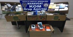 Antalya'da kaçak parfüm operasyonu