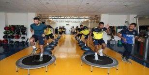 Fenerbahçe'de salonda kuvvet çalıştı
