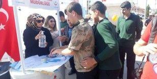 Vatandaşlara el yıkama yöntemi anlatıldı