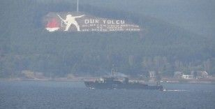 2 Rus savaş gemisi Çanakkale Boğazı'ndan geçti