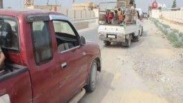 Tel Abyad'da siviller evlerine dönmeye başladı