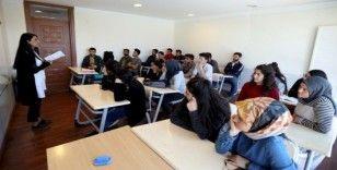 Van Büyükşehir Belediyesi öğrencilerin umudu oldu