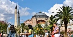 'İstanbul'a gelen turistin İstanbul nüfusunu geçmesini bekliyoruz'