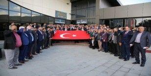 Muhtarlardan Mehmetçiğe selam