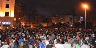 Lübnan halkı yönetime karşı isyan bayrağını açtı