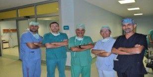Kırşehir'de 33 yıllık rahim sarması hastalığına operasyon yapıldı