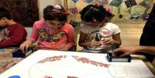 Çocuk kütüphaneleri, engelleri kaldırıyor