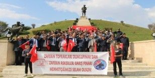 Dumlupınar'dan Barış Pınarı Harekatı'na asker selamı gönderdiler