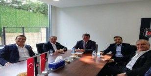 Beşiktaş'ta seçim öncesi 2 aday bir araya geldi