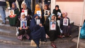 HDP önündeki ailelerin evlat nöbeti 48'inci gününde