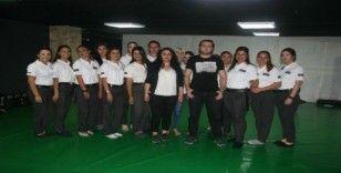 Kadınlar Wing Chun yakın dövüş eğitimi ile 'şiddete dur' diyecekler