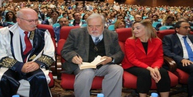 Uşak Üniversitesi Akademik Açılış Töreni onur konuğu İlber Ortaylı oldu