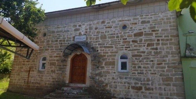 145 yıllık cami, ziyaretçiler tarafından ilgi odağı olmaya aday