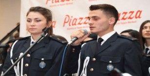 Polis adaylarından konser
