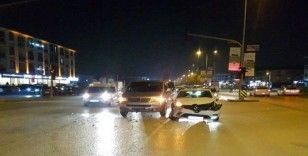 Düzce'de iki ayrı kazada 7 kişi yaralandı