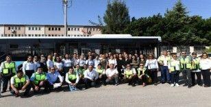 41'i kadın 224 otobüs şoförü adayı, direksiyon sınavından geçti