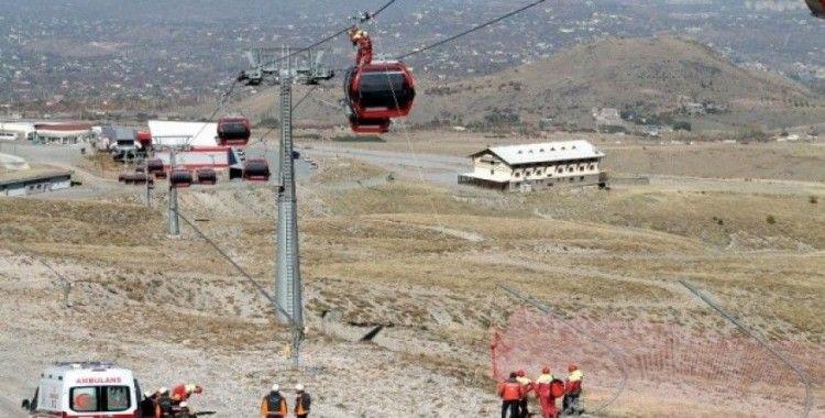 Erciyes'te nefes kesen kurtarma tatbikatı