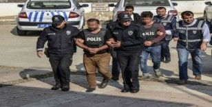 Kastamonu'da cinayet zanlıları adliyeye çıkarıldı