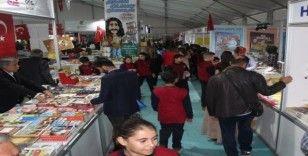 Elazığ'da kitap fuarına yoğun ilgi devam ediyor