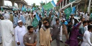 Pakistan'da hükümet karşıtı protestolar İslamabad'a ulaştı