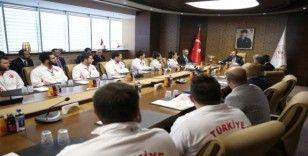 Bakan Kasapoğlu, Türkiye Sualtı Sporları Federasyonu'nu kabul etti