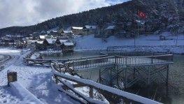 Eğriçimen Yaylası'nda yılın ilk karı