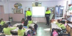 Hisarcık'ta ilkokul öğrencilerine trafik eğitimi