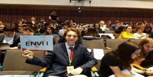 İhlas Koleji öğrencileri Avrupa Gençlik Parlamentosu'na katıldı