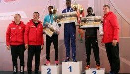 Vodafone İstanbul Maratonu'nda kazananlar ödüllerini aldı