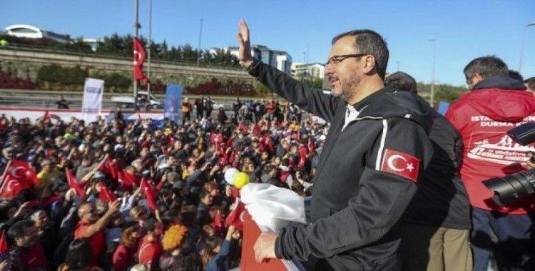 Gençlik ve Spor Bakanı Kasapoğlu: Gençlerimizin Mehmetçiğimize olan sempatisini durduramayacaklar