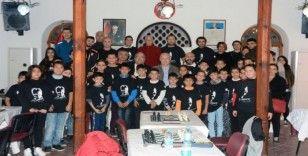Menteşe'de Ata'ya saygı satranç turnuvası