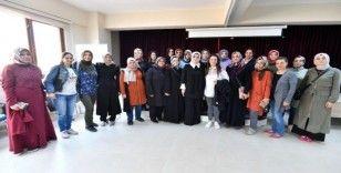 Osmangazi'den Bilgi Evi velilerine eğitim