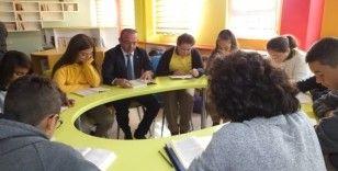 Burhaniye Kaymakamı Öner'den öğrencilere önemli uyarı