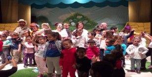Özel çocukların tiyatro mutluluğu