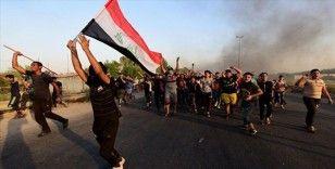 Protestoların sürdüğü Irak'ta anayasa değişikliği için ilk toplantı