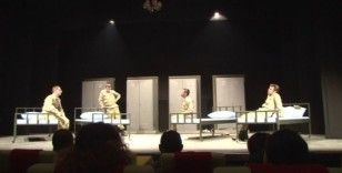 """Erzurum Devlet Tiyatrosu """"Şapka"""" adlı oyunla sezona merhaba diyecek"""
