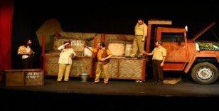 Büyükşehir Tiyatrosu'ndan Kasım'da 10 farklı oyun
