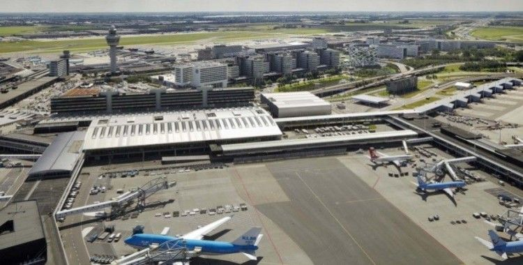 Amsterdam'daki Schipol Havalimanı'nda 'şüpheli durum'