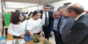 Edremit'te TÜBİTAK Bilim Fuarı sergisi