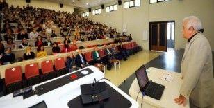 Balcı, Hukuk Fakültesi öğrencilerine konferans verdi