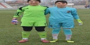 Kayseri Yolspor'un kalesi kardeşler koruyor
