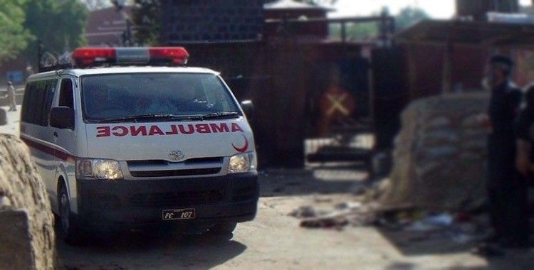 Pakistan'da trafik kazası: 13 ölü