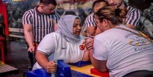 Engelli bilek güreşçisi Meryem dünya 3.'sü oldu