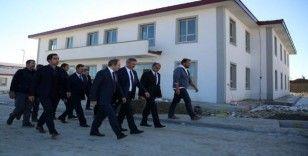 Vali Epcim, Açık Cezaevi inşaatında incelemelerde bulundu